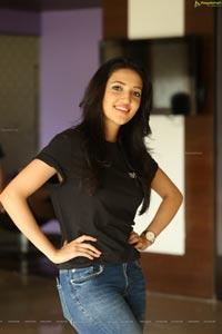 Neha Shetty Mehabooba Heroine