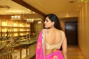 Telugu Actress Swetha Jadhav