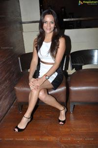 Mumbai Model Kuki Grewal