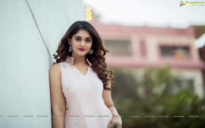 surabhi-birthday-special