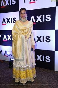 Actress Namrata Shirodkar