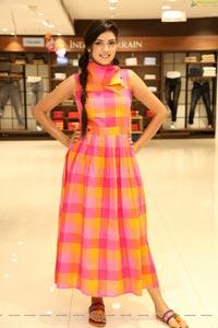 Yashu Mashetty at The Chennai Silks Fashion Carnival