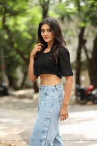 Pooja Jhaveri Indian Actress